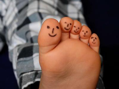 经常脚的皮肤干燥怎么办