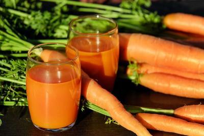 胡萝卜黄瓜汁有效治疗儿童便秘