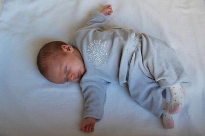 小儿癫痫病的早期症状表现