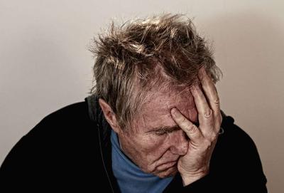 ?老年人抑郁症有哪些症状?该注意什么?