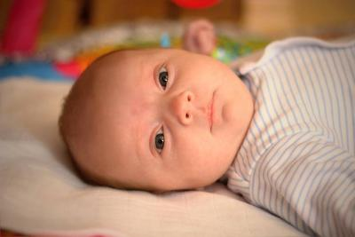 宝宝面色青紫是怎么回事是癫痫发作吗