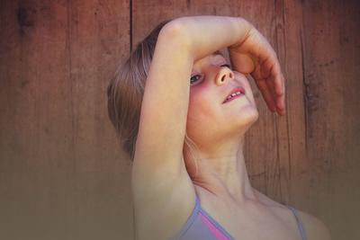 婴儿泪腺炎症状 有这现象或是宝宝得了泪腺炎