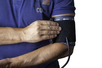 ?服用祥芝灵 不再担心老年高血压