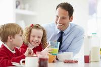 宝宝消化不良吃什么才能缓解 为什么老是会出现宝宝消化不良的现象