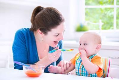 給孩子吃零食最好選天然健康的食品