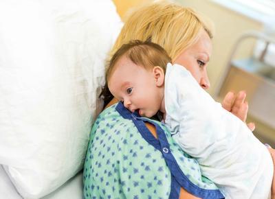 新生儿便秘症状 宝宝出现便秘怎么办