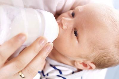 婴儿抚触 妈妈遵六项注意