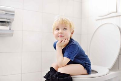 儿童健康 八妙招让宝宝远离便秘