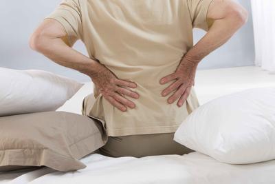 ??老年骨性关节炎的治疗办法有什么