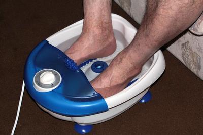?老年人脚抽筋缓解方法