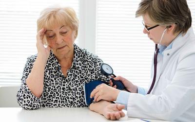 ?老年人再生障碍性贫血的注意事项