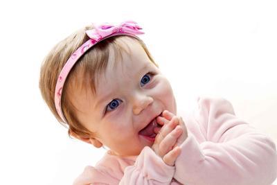 哄宝宝开怀一笑的十种方法
