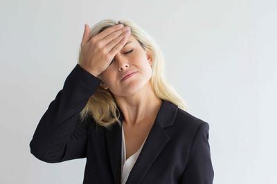 ?女性尿道有白色分泌物怎么注意