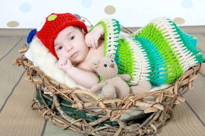 婴儿大便有奶瓣怎么回事 宝宝大便有黑色颗粒的原因