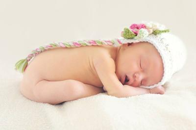 婴儿脐疝如何处理 幼儿脐疝怎么回事