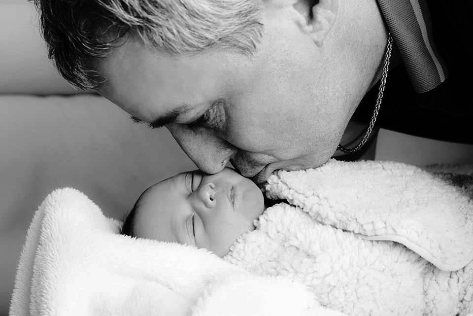 刚出生的婴儿会感冒吗怎样护理刚出生的婴儿感冒