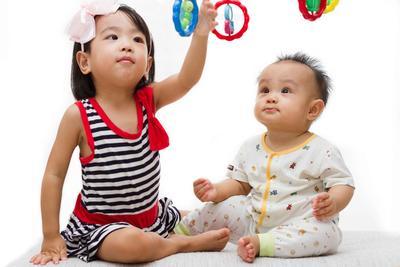 宝宝自闭症的早期表现 宝宝自闭症怎么办