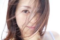 年纪人脱发不止怎么回事 年纪轻轻脱发可能是在吃上面犯错