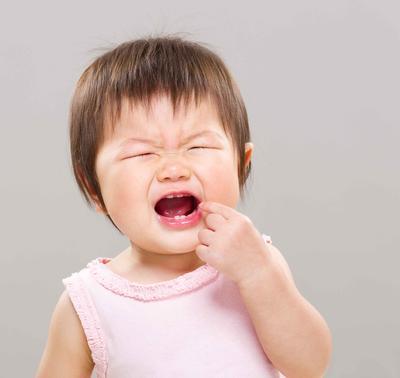 八个月宝宝没长牙正常吗 宝宝长牙慢的疾病因素