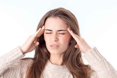 风热感冒能吃维c银翘片吗 风热感冒的一般症状有哪些