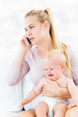 宝宝晚上睡觉哭闹的原因 如何来预防宝宝晚上哭闹