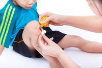膝关节增生的症状有哪些 怎么治疗膝关节增生