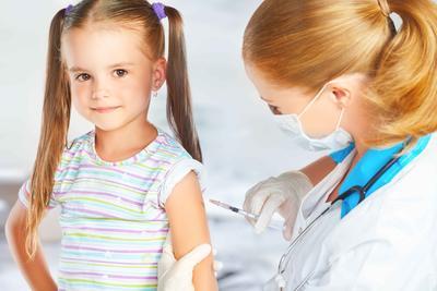 两岁半宝宝反复发烧怎么办 为什么宝宝会发烧