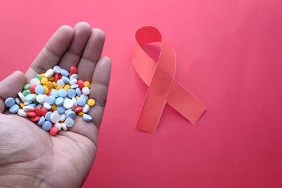 腋窝红了一片是艾滋病吗 艾滋病有什么表现