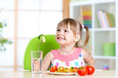 宝宝3岁说话口齿不清怎么办 教小孩说话有什么误区