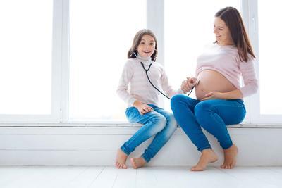 宝宝过了预产期还没动静怎么办 到预产期不生的原因