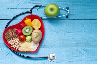 胆固醇高可以吃核桃吗 胆固醇高怎么调理