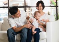 一个月宝宝发育标准 一个月宝宝的奶量
