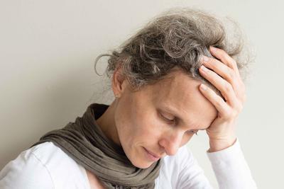 斑秃是挂什么科     斑秃的饮食禁忌是什么