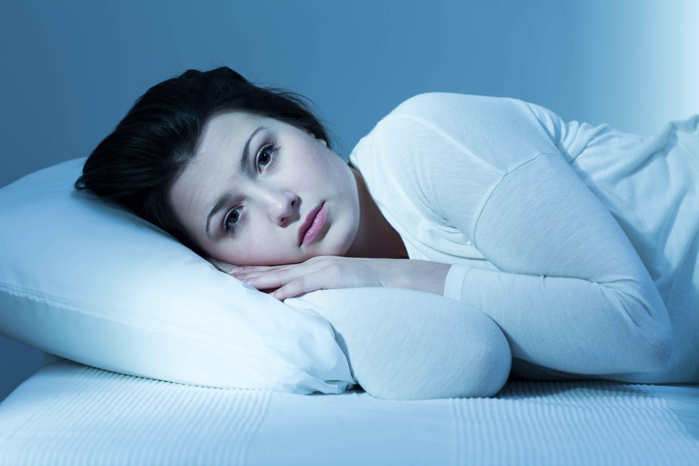尿夜有白色沉淀物尿的颜色异常的原因