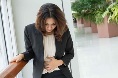 女性白天尿频晚上正常的原因有些 女性白天尿频可以用中医治疗方法