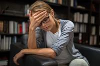 赣州精神病患者抢肉摊 精神病的早期症状有哪些