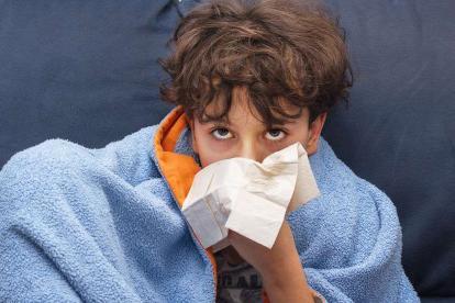 小心!有些伤风实际上是COVID-19肺炎| COVID-19咳嗽和普通咳嗽